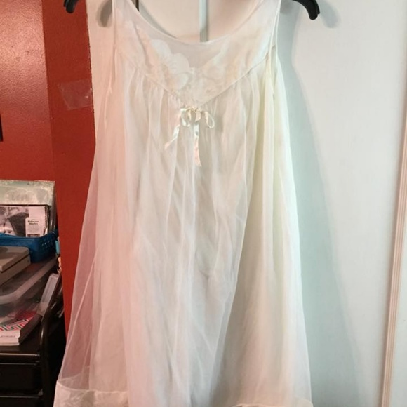 Other - Vintage lace nightie,  a sz M/L  see measurements